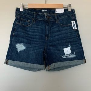 """NWT Old navy 5"""" Inseam Distressed Shorts - Size 6"""